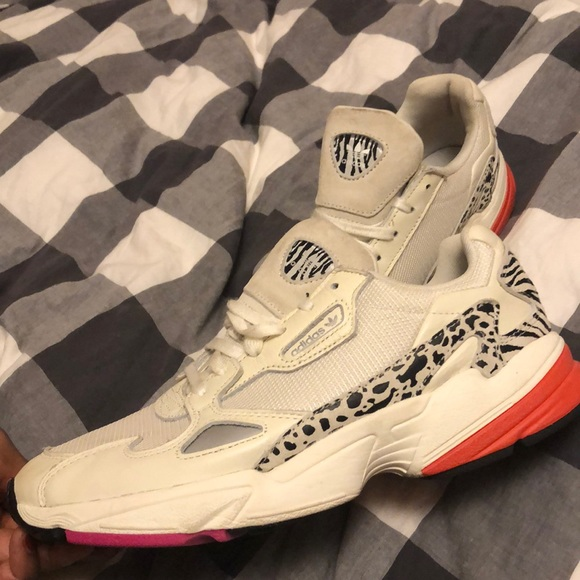 adidas Shoes - Adidas Falcon W in off white/ black/ shock pink